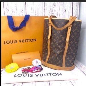 Louis Vuitton Monogram Bucket Tote Bag GM